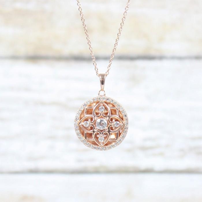 https://www.vancottjewelers.com/upload/product/Elsie-Rose-Gold-Lifestyle-1100px-min.jpg