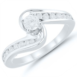 Round Diamond Bypass Engagment Ring